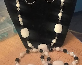 Black and white and silver necklace set