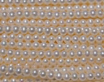 White Round 4.5mm