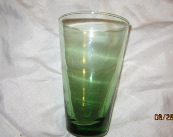 green glass drinking cup tumbler