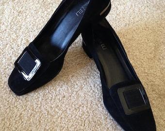 90's Black Pilgrim Flat Pilgrim Slipon Preppy Shoe. Size 11 Excellent