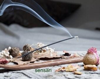 Sensari 130 Incense Sticks w Burner, 13 Awesome, Long Burning Natural Scents, Hand-Dipped in America