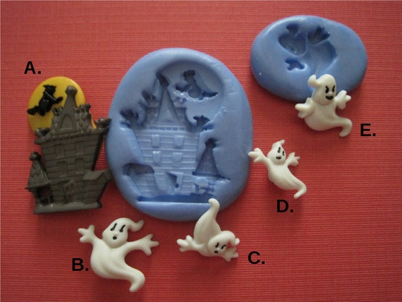 You can buy theHaunted House Silicone Mold - Bakers Toy Box here