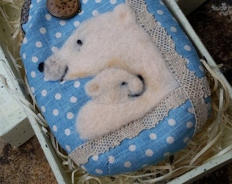 Polar bears purse