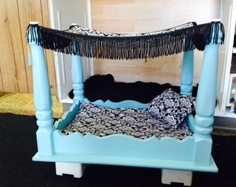 Upcycled Side Table Canopy Dog Bed