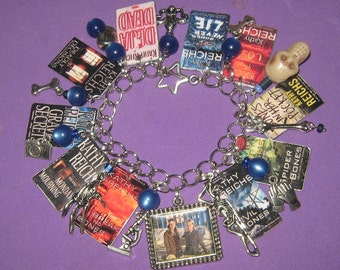 Temperance Brennan Novels-Altered Art Charm Bracelet
