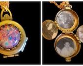 Harlequin Opal - Vintage  4 Picture Locket