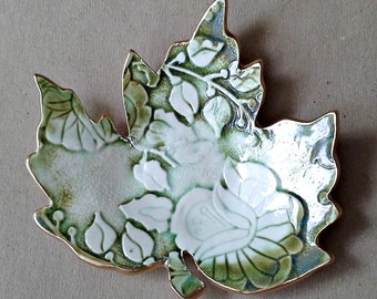 Ceramic Leaf Trinket Dish Moss green with gold edging Soap dish
