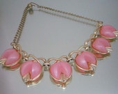 1950's Necklace Pink Thermoset Thermoplastic Unused Vintage