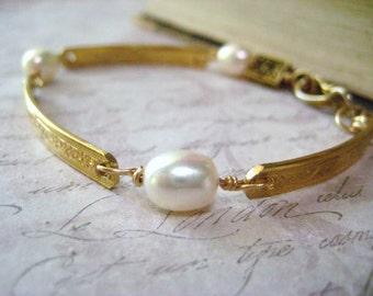 Gold Bar Bracelet, Genuine Pearls, Floral Brass Bars, Flower Bead, Brass Floral Bead, White Pearls, Vintage Hook Clasp, Womens Jewelry