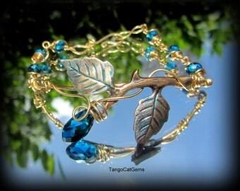 Teal Blue Crystal Bud Bracelet