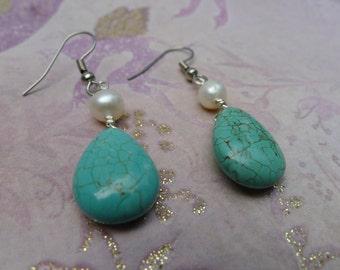 Blue Howlite and Pearl Earrings-Megan