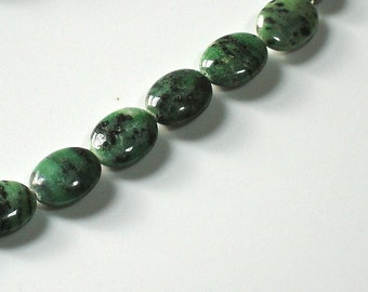 Puffed Oval Ruby Zoisite Gemstone Beads 15x20mm