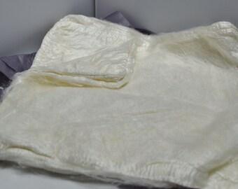Bombyx Silk Hankies- 2 ounces