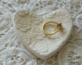 Bridesmade Gift Ceramic Dish Rose Design Small Heart Shaped Dish Trinket Dish Jewelry Dish Wedding Ring In Stock price is for one.