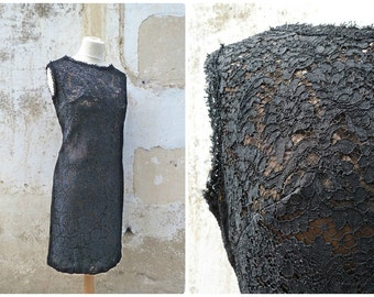 Vintage 1960/60s  black lace guipure dress  line with military green sateen size L