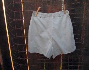 60s vintage Shorts Tan cotton Side zipper 60s  high waist side zipper shorts 60s thigh length cotton shorts S