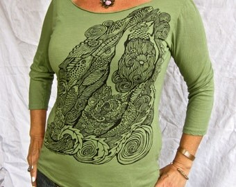 SALE Green Mermaid Tshirt Siren Fish Stretchy Cotton 3/4 Sleeve Made in USA Small Only