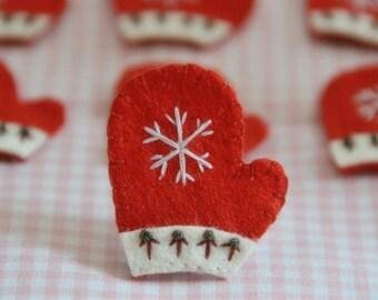Set of 6pcs handmade felt Christmas Gloves--devil red (FT915)