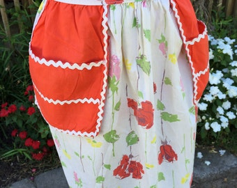 Vintage Red and White Half Apron with Roses and White Rick Rack Trim