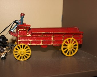 Vintage Cast Iron Horse Drawn Buggy Cart Wagon Toy