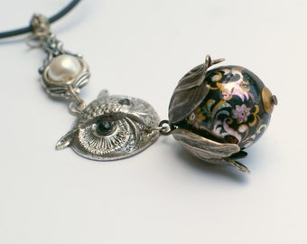 Silver Owl Necklace with Gorgeous 1970s Tensha Bead
