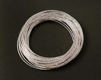 silvery finish 30-circle-bangle B66