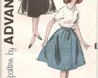 Vintage Advance 9132 Girls Teen Skirt Pattern