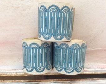 Vintage Wallpaper Border in Geometric Blue 3 Rolls