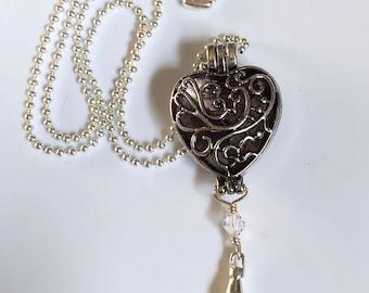 Diffuser Locket necklace lanyard, heart locket
