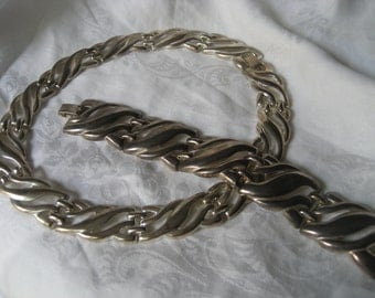 VINTAGE Silver Plated Costume Jewelry Wide Necklace & Bracelet