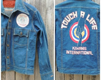 Vintage LEE Denim Jacket  //  Vtg 60s 70s OOAK Distressed Indigo Denim Western Cut Jacket with Kiwanis Applique