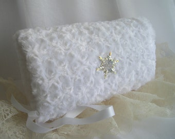 White Winter Bridal Muff Or Special Occasion Luxuriously Soft Cozy Lined Hand Muff Faux Fur Snowflake Handmade in USA by handcraftusa