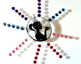 DIY Mini Jewelry Making Kit Princess Silhouette Simple Easy Fast Hand Poured Resin Pendant You Design the Bling Perfect for Kids Crafts D2
