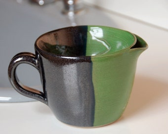 Men's Shaving Scuttle for Traditional Wet Shave Fans in Black Lapis and Bright Green
