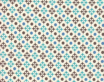 Clothworks Toy Poodle Flowers in Blue and Brown - Half Yard