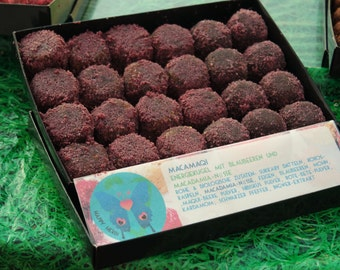 NEW Macamaqi: raw vegan energy balls with maqui berries, macadamia, ginger and blueberries. Organic and no gluten or refined sugar