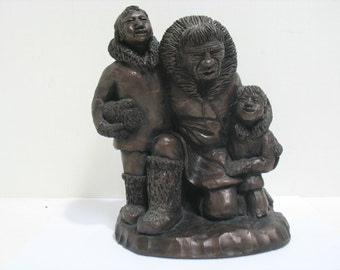 Vintage Eskimo Inuit Statue Home From A Long Hunt Family Signed
