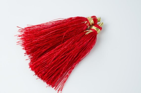 Red Tassel Pair