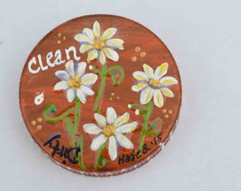 Rotating Round Hand Painted Dirty/Clean Dishwasher Magnet - A useful Kitchen item.