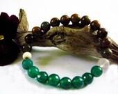 Earth is Guiding me - Stretch Bracelet / Green Opal, Green Agate , Crystal Quartz