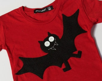 Bosworth The Bat baby boy girl halloween shirt clothing baby bat t-shirt fall baby baby boy halloween red and black