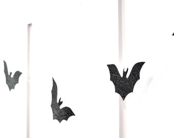 BAT Garland, Bat Halloween Garland, Bat Decor, Flying Bat Garland, Bat Banner, Batman Garland, Batman Banner, Batman Decor, Flying Bats