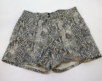 80's High Waist Shorts / Animal Print / Snakeskin Print / New / Moda International / Small to Medium