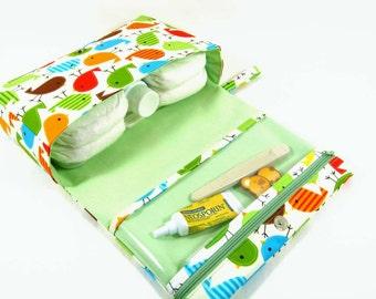 Birds diaper bag, green diaper purse, baby bag, nappy bag, diaper clutch with clear zipper pouch - Urban Zoologie Birds Bermuda