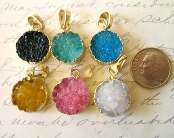 Sale.. 1 5 10 pcs, Druzy Drusy Pendant Charm, 16-18 mm, choose pink blue green black white, Gold Edged Druzzy, small tiny round ap31.2 dr dd