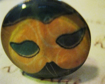 MARDI GRAS No. 1 Mask Ring Oval Brass