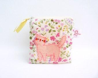Fabric Purse, Cotton Zipper Pouch, Cat Pouch, Floral Purse, Cat Coin Purse, Coin Purse, Cat Wallet, Cat Purse, Small Handmade Pouch