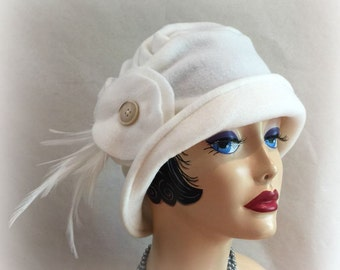 Women's Cloche Hat, Vintage Style,  Flapper Hat, Cream Fleece Hat, Feather Accessory, Warm Winter Hat, Warm Cloche Hat, Handmade in the USA