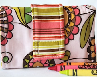 Crayon Wallet - Doodle Flower - A Montessori and Waldorf Inspired Travel Toy for Self Guided Art