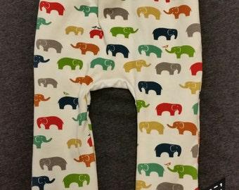 Birch Organic Maxaloones Elephant family print knit